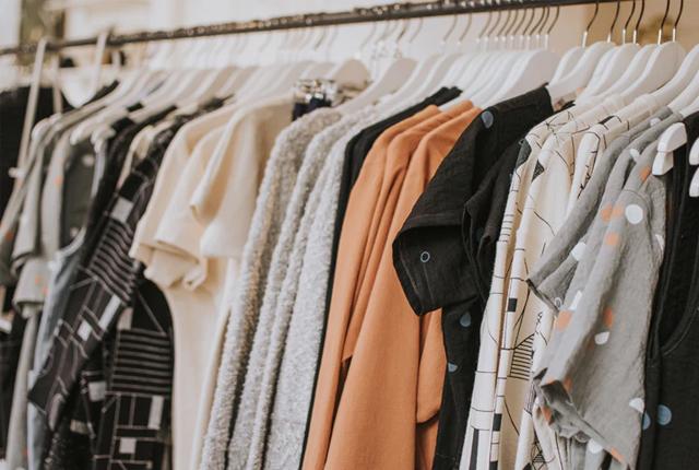 sklepy z tanią odzieżą