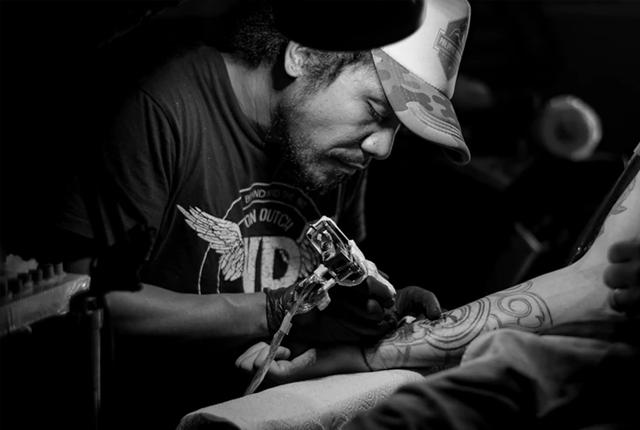 fakty i mity o tatuażach