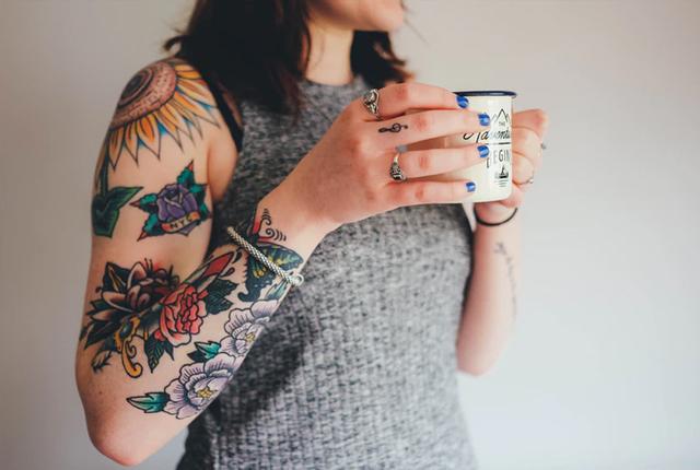 pierwszy tatuaż