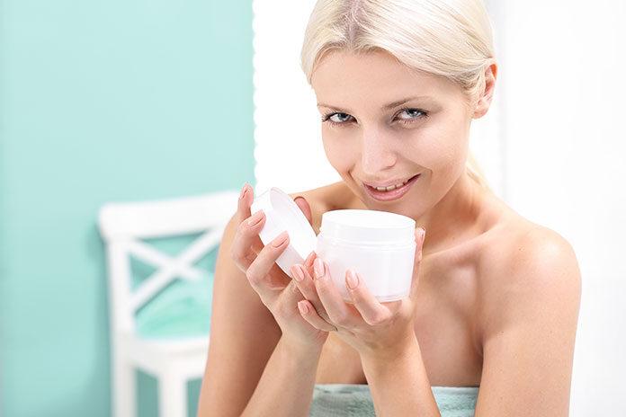 5 sposobów na uniknięcie przesuszenia skóry twarzy w zimie