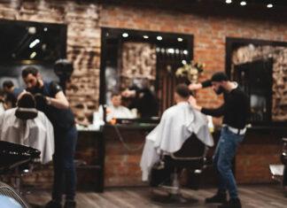 Dlaczego warto zainwestować w dobrej jakości konsole fryzjerskie
